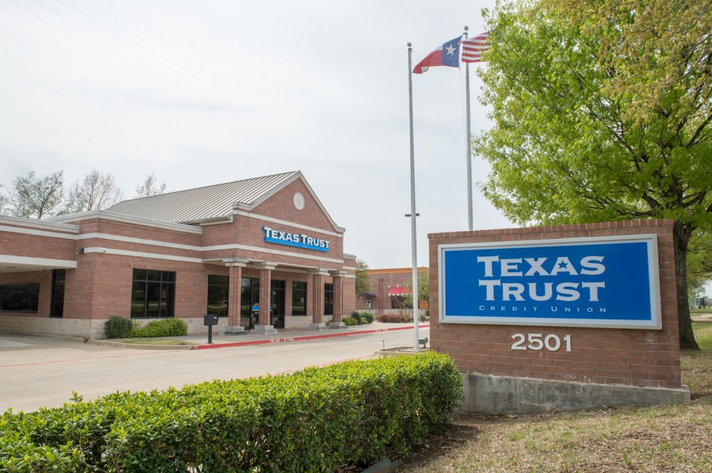 Texas Trust Credit Union Flower Mound Branch