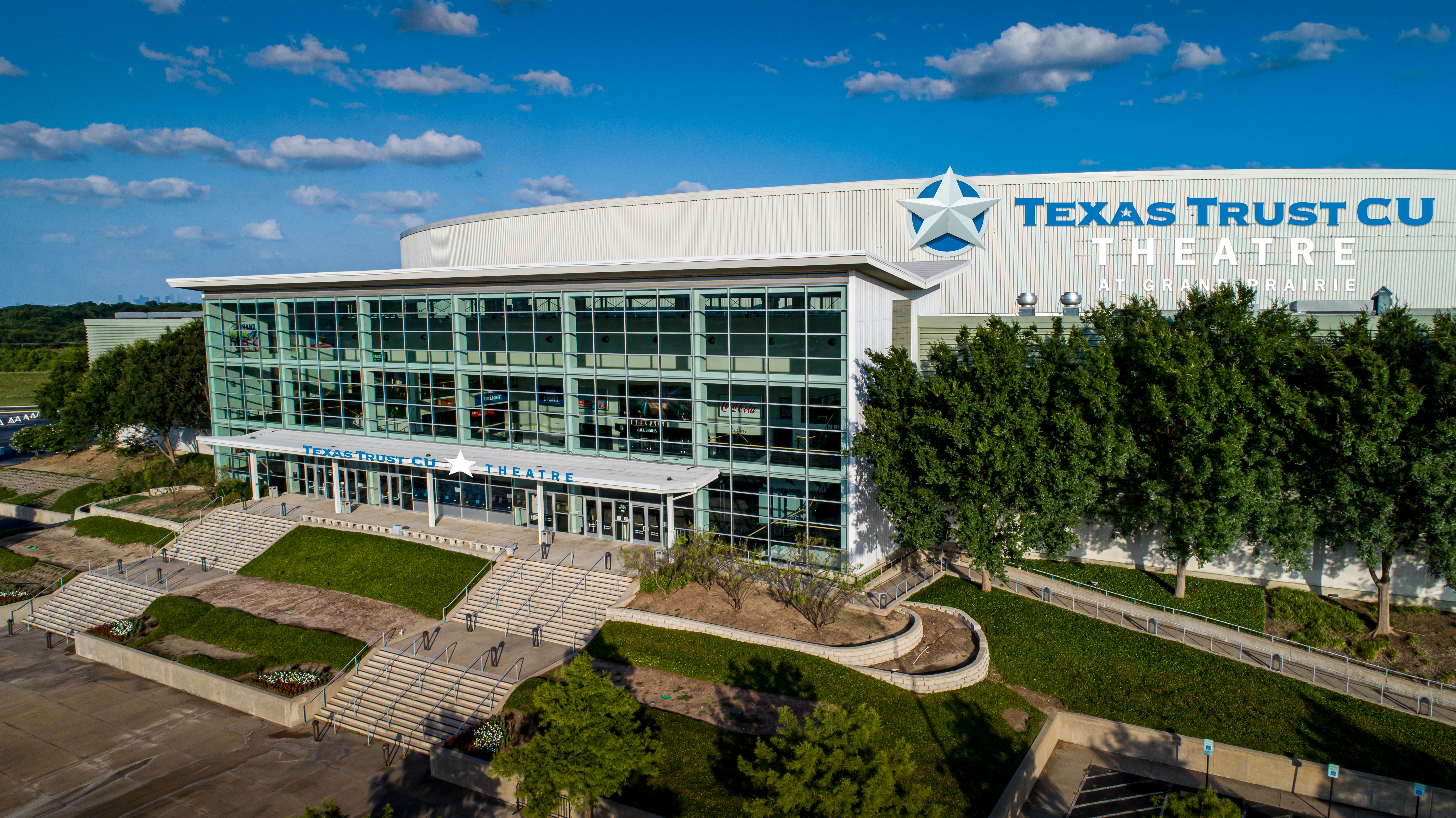 Texas Trust CU Theatre in Grand Prairie Rending Front and kiosk
